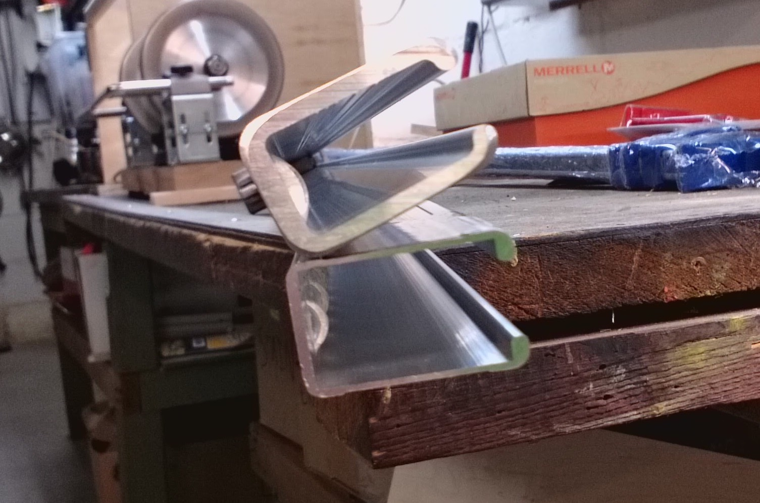 Dubuque Bar Clamps Vs Harbor Freight Bar Clamps Grain Grain By Dave
